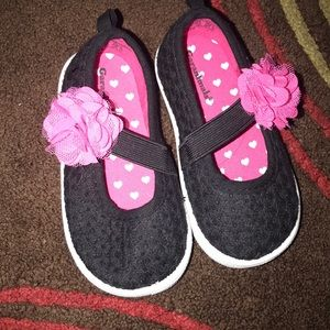 NEW Baby Girls Garanimals Pre Walk Black Flower Accent Mary Jane Shoes Size 3
